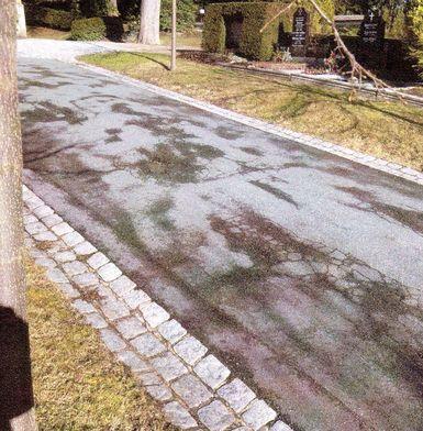 beschwerlicher Friedhofsweg