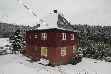 Haus Außen vor der Sanierung