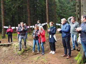 Schirmherrin Yvonne Magwas informierte sich zur Aufwertung des Gebietes rund um den Schneckenstein