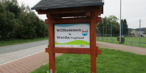 Willkommenstafel in Werda